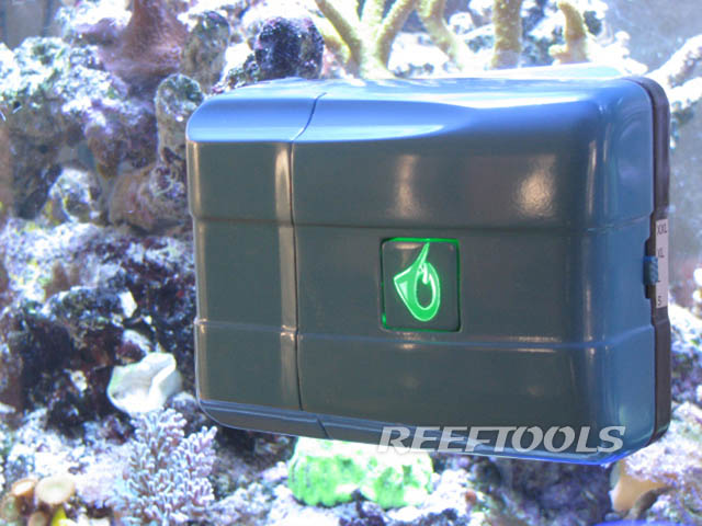 Robosnail Automatic Glass Acrylic Cleaner From Aquagenesis